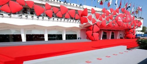Tra poche ore il primo red carpet del Festival del cinema di Venezia...