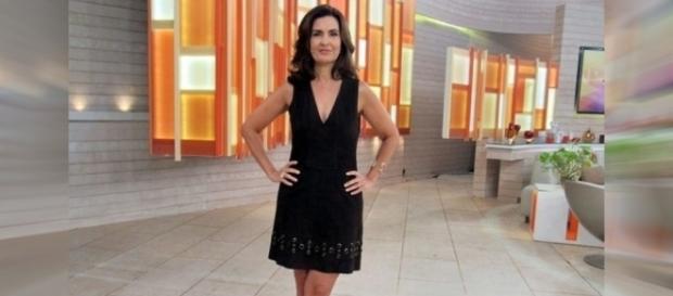 Fátima Bernardes apresenta o programa 'Encontro' desta terça-feira