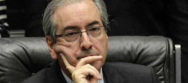 Mesmo esperando cassação, Cunha ainda busca protagonismo