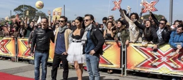 "X Factor Brasil"" estreiou nesta segunda-feira (29)"