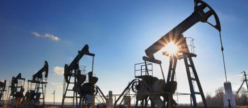 Le grandi manovre attorno al prezzo del petrolio | eurasiatx - eurasiatx.com