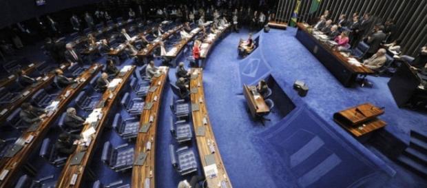 Impeachment: Acusação e defesa de Dilma se enfrentam no Senado
