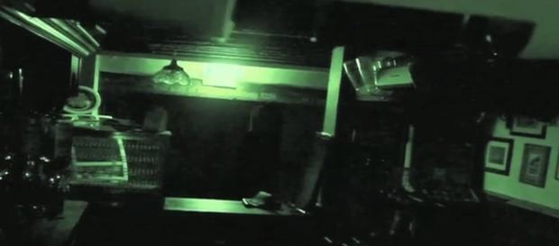 Pub frequentado pelo 'fantasma' existe desde 1251 (Foto: Mirror)