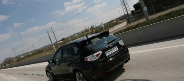un rádar detecta a un coche fúnebre circulando a 130 km/h en una zoma limitada a 100 km/h