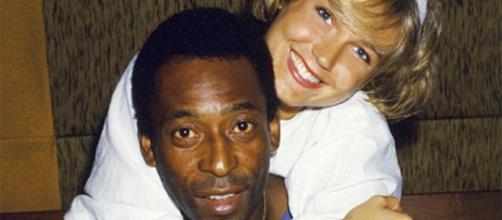 Xuxa leva toco de Pelé em comentário do ex-jogador