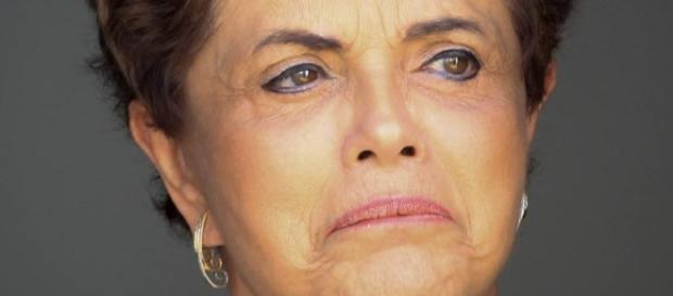 Dilma diz que está muito triste em não ir à cerimonia de abertura no Rio