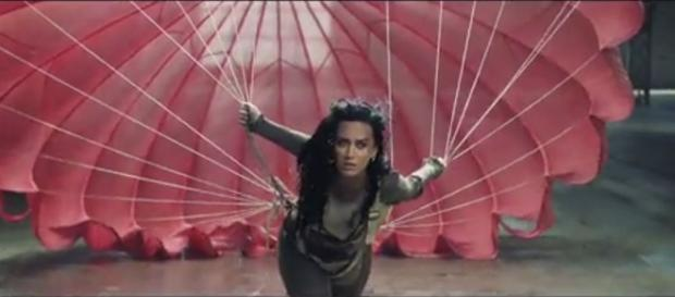 Video di Katy Perry 'Rise' - Youtube