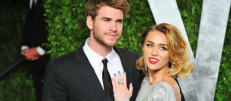 Miley Cyrus and Liam Hemsworth Dating Timeline - cosmopolitan.com