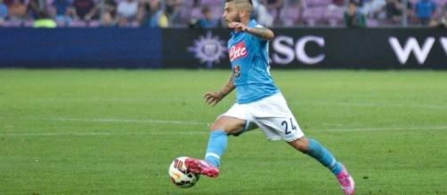 Lorenzo Insigne con la maglia del Napoli.