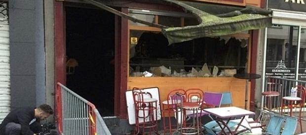 Incêndio começou na cave e alastrou-se a todo o espaço do bar