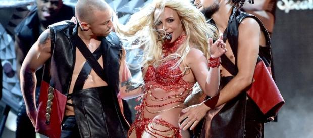 "New Britney Spears Single ""Make Me (Oooh)"" Will Feature G-Eazy ... - promotionmusicnews.com"