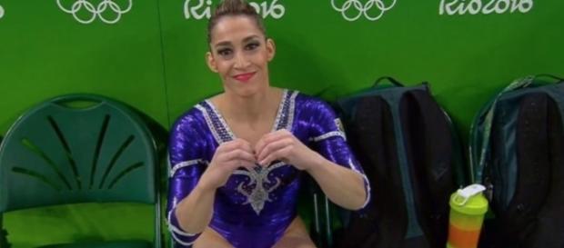 A atleta brasileira não foi feliz ao som da Anitta