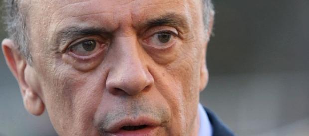 José Serra é acusado de ter recebido dinheiro em caixa dois