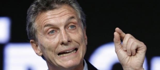 Macri insiste en gobernar para los ricos entre tarifazos, despidos y persecución ideològica