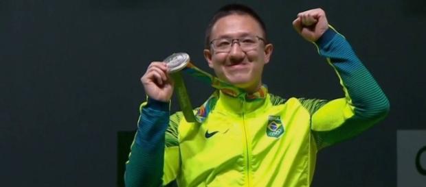 No tiro, Felipe Wu conquista primeira medalha do Brasil das Olimpíadas de 2016, no Rio (Foto: Globo.com)