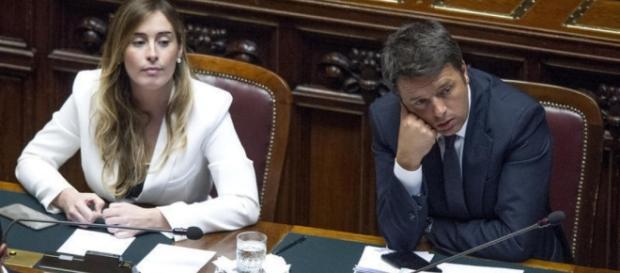 """""""sms vergognosi"""" sarebbero arrivati ad alcuni giornalisti italiani che non seguivano le direttive di renzi"""