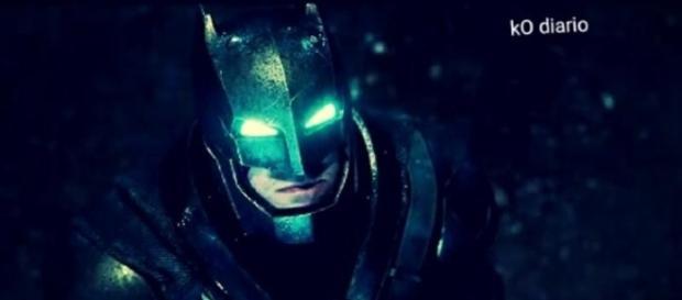 Batman con su armadura en la película