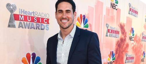 Bachelor In Paradise' Spoilers: Josh Murray Finds Love With Single ... - inquisitr.com