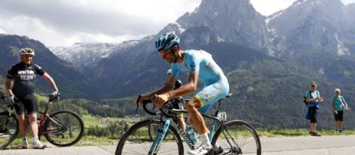 Nibali impegnato in salita al Giro: a Rio 2016 il suo passo aveva fatto selezione - gazzetta.it