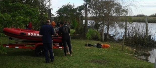 Amigos tentavam utilizar um barco para caçar Pokémons no Tramandaí no RS quando acidente ocorreu