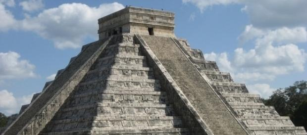 Hidden royal Mayan tomb discovered / Photo by Guy Dugas / Pixabay