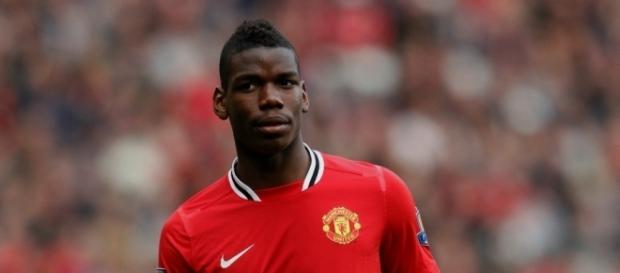 """Pogba : """"Manchester United, ma première famille"""""""