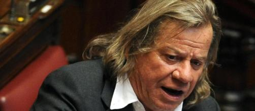 Maurizio Bianconi, il deputato multato per 28 euro che ora contesta il verbale
