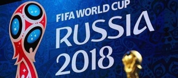 As 10 seleções que brigam pelas vagas da América do Sul na Copa 2018 entram em campo nesta quinta-feira