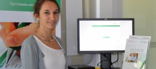 Ernährungswissenschaftlerin Catarina Schiborn vom Institut für Ernährungsforschung Potsdam-Rehbrücke erklärt den Online-Diabetes-Risiko-Test.