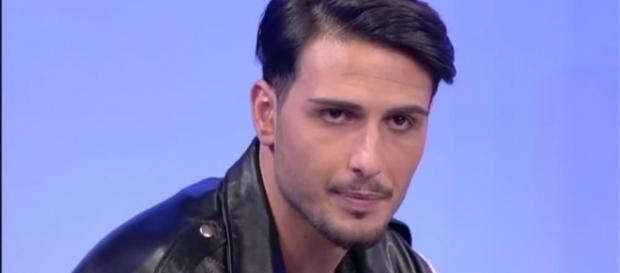 Fabio Ferrara ritorna a Uomini e Donne da solo