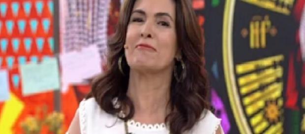 Fátima Bernardes fica emocionada