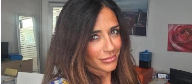 Uomini e Donne: a chi è riferito il messaggio di Raffaella Mennoia?