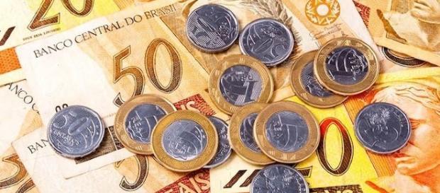 Valor do salário mínimo para 2017 não agrada o trabalhador brasileiro