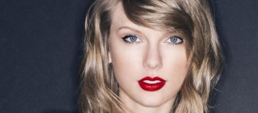 """Taylor Swift, la cantante di """"Blank Space"""" è di nuovo single"""