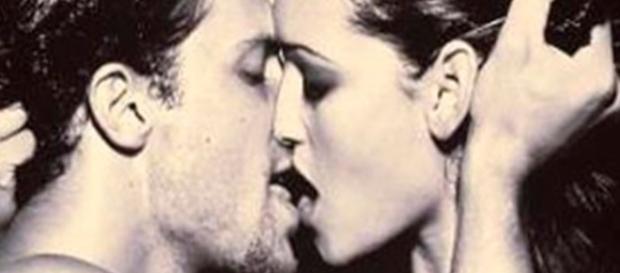 Conheça o tipo de beijo de cada signo