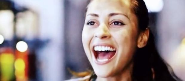 Lindsey Morgan as Raven in 'The 100' - Photo via Amandine Hervieu/Photo screencap via The CW/YouTube.com