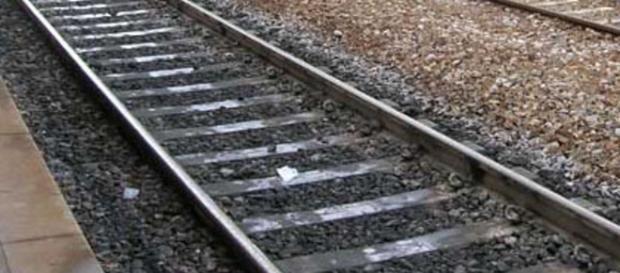 Maltempo Foggia, disagi sui binari: linee interrotte e treni bloccati - foggiatoday.it