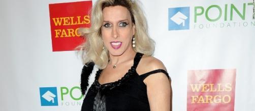 Alexis Arquette talks about being transgender (2009) - CNN Video - cnn.com