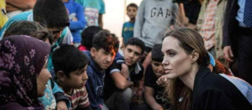 Angelina Jolie inviata Onu tra i profughi siriani.