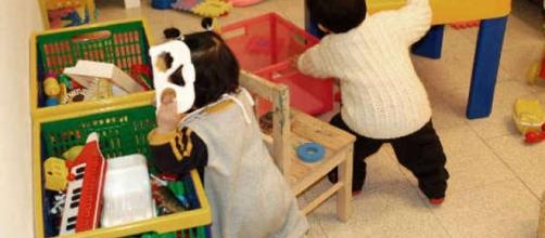 Sit-in in Prefettura questa mattina per le lavoratrici degli asili nido