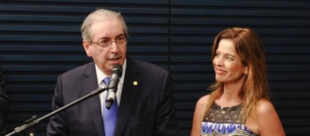 Eduardo Cunha e Cláudia Cruz tentam se defender antes de votação na Câmara