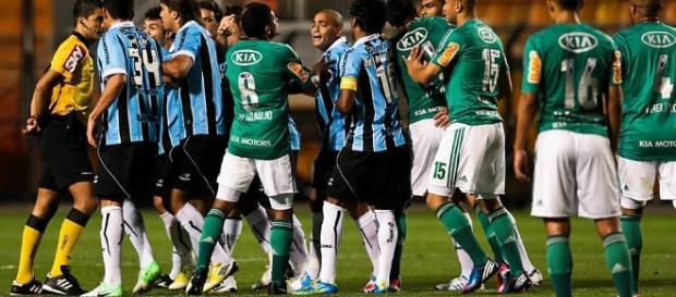 Grêmio x Palmeiras: assista ao jogo ao vivo na TV e internet.