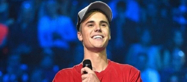 Justin Bieber é o artista mais tocado nas rádios (Foto: Reprodução/Billboard)