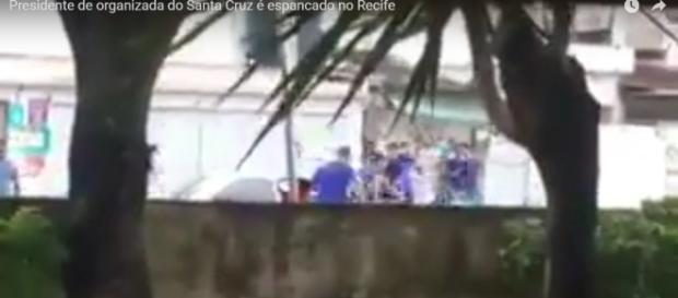 Torcedor do Santa Cruz é espancado no Recife