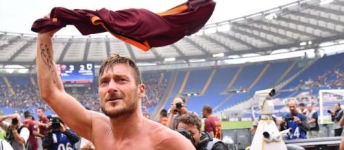 Totti commovente: gol, assist e record di Maldini eguagliato ... - eurosport.com