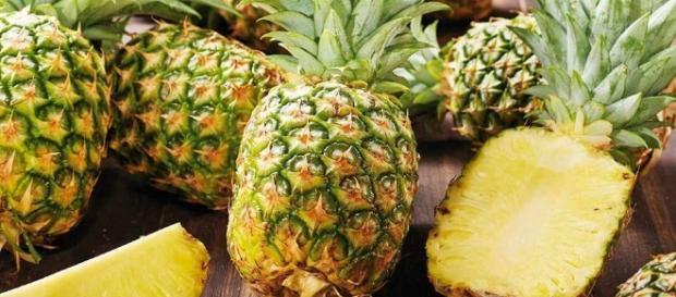 Jak rozpoznać dojrzałego ananasa? Kuchnia Lidla - kuchnialidla.pl