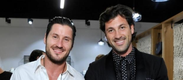 Maksim and Val Chmerkovskiy Announce 45-City Tour: 'DWTS' Duo Will ... - inquisitr.com