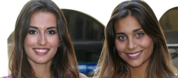 Miss Italia Rachele Risaliti (a destra) con l'altra concorrente toscana Lisa Lanzini (foto tratta da Facebook)