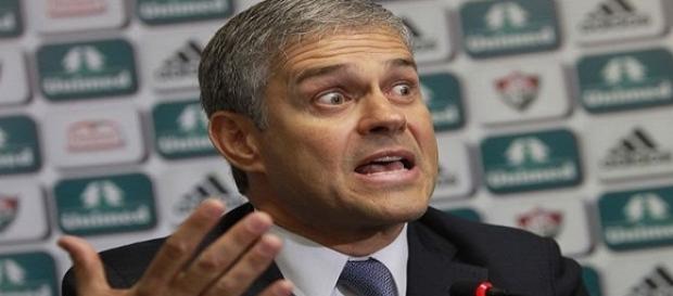 Peter Siemsen vem encontrando dificuldades para honrar compromissos com o futebol do Fluminense (Foto: O Dia)