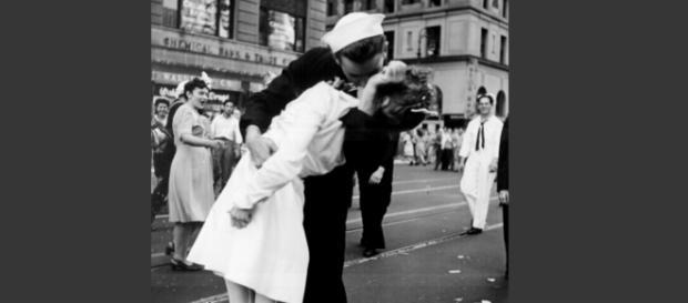V-J Day es una de las imágnes más reconocidas del la historia del siglo XX